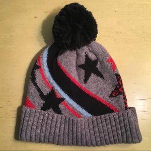 89ac5c654 Urban Outfitters Pom Pom Star Beanie NWT